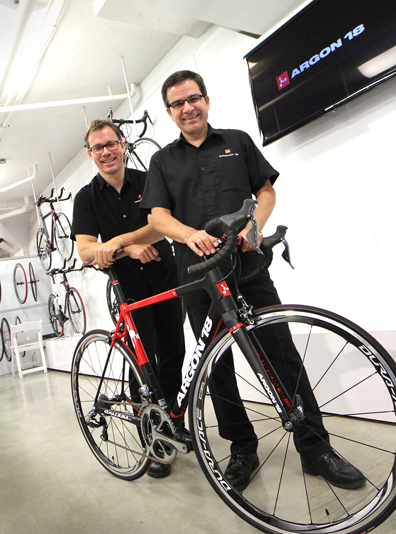 Martin (l) and Gervais Rioux [P] Argon 18