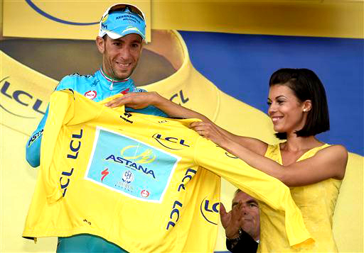Nibali savours his win [P] Cor Vos