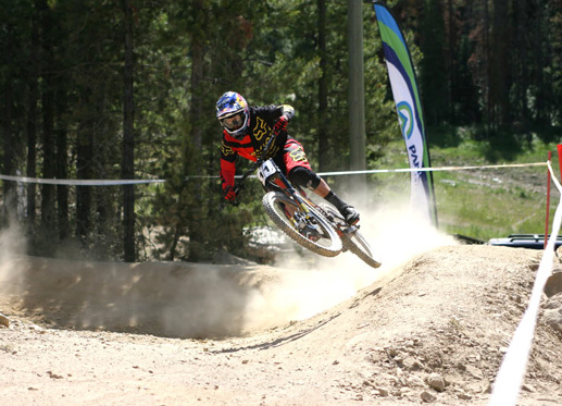 Steve Smith on his way to winning at last year's DH Nats  ©  Ryan Kuhn