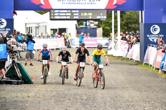 The four leaders on start the final lap... [P] Guy Swarbrick