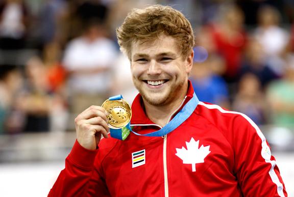 Barrette's gold medal Sprint smile... ©  Ivan Rupes