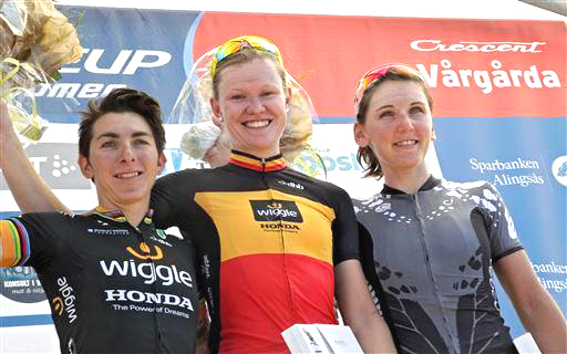 Women's podium [P] Cor Vos