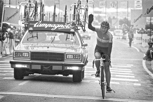 Jeannie Longo (Fra) takes the women's crown at the 1986 Road Worlds RR in Colorado Springs  [P] Cor Vos