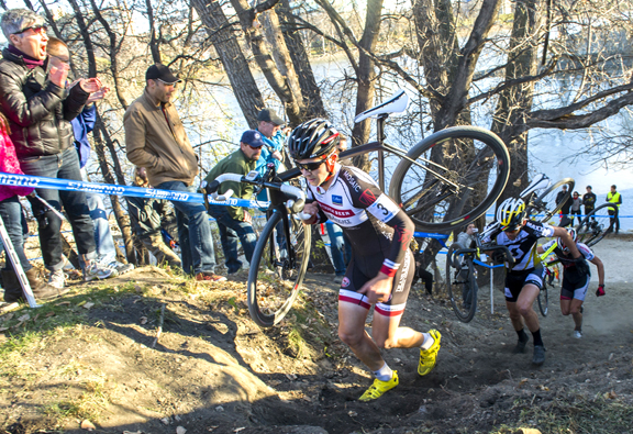 Michael van den Ham charges the run-up at 2014 Canadian Cyclocross Championships in Winnipeg, MB [P] David Lipnowski