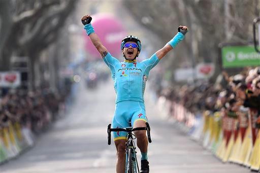 Alexey Lutsenko (Kaz) Team Astana wins Stage 5 [P] Cor Vos