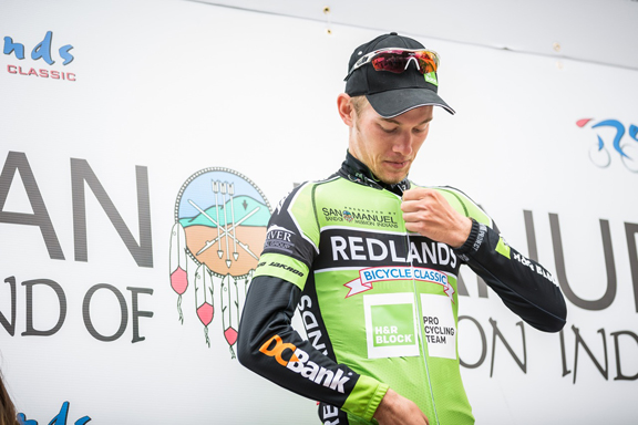 Travis Samuel receiving the Green Jersey at Stage 2 [P] Stirl and Rae Photo